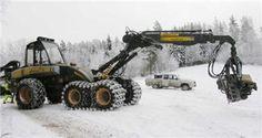 Ponsse Ergo in Snow