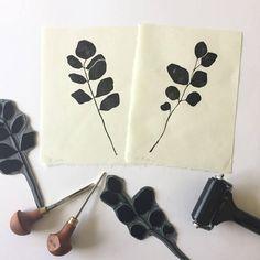 Erbse paar einfache Mimimal Block gedruckt auf handgeschöpftem japanischen Papier Blatt botanische Illustration. Kathy Hutton original-Kunst