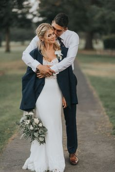Gallery - A White and Blush Napa Valley Summer Wedding wedding photos A White and Blush Napa Valley Summer Wedding Wedding Picture Poses, Wedding Couple Photos, Wedding Poses, Wedding Photoshoot, Wedding Couples, Wedding Portraits, Romantic Wedding Photos, Before Wedding Pictures, Wedding Ideas