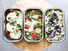 Het menu van deze week: moussaka, courgetti en bloemkoolcouscous #takeaway #onderdeleidingstraat #strijps
