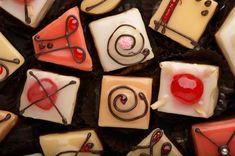 Minyon, a kis édes   Mindmegette.hu Sweet Bakery, Fondant, Sugar, Cookies, Ethnic Recipes, Desserts, Holland, Ali, Modern