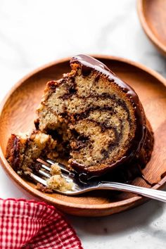 This moist and buttery banana bundt cake is marbled with a chocolate ganache swirl. A delicious dessert especially if you love banana bread. Bunt Cakes, Cupcake Cakes, Cupcakes, Banana Bundt Cake, Banana Bread, Just Desserts, Delicious Desserts, Sweet Desserts, Ripe Banana Recipe