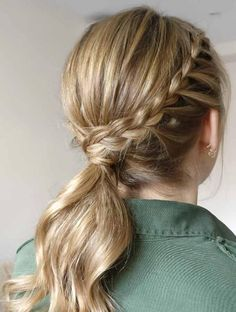 One of the concerns we have when we prepare in the morning to go to work is how to fix our hair, it is not a secret that there are days when it is very simple to know what we want to do with it, but there are others in which the ideas are so … Short Bob Hairstyles, Latest Hairstyles, Braided Hairstyles, Wedding Hairstyles, Simple Hairstyles, Haircuts, Curly Hair Cuts, Medium Hair Cuts, Medium Hair Styles