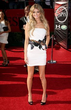 Marisa Miller Photos - Model Marisa Miller arrives at the 2009 ESPY Awards held at Nokia Theatre LA Live on July 2009 in Los Angeles, California. The annual ESPYs will air on Sunday, July 19 at ET on ESPN. - Marisa Miller Photos - 808 of 1193 Espy Awards, Marisa Miller, Living In La, July 15, Espn, In Hollywood, Theatre, Red Carpet, Sunday