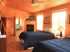 """Welcome to Beau Soleil """"Nice Sun"""" Bungalow in, Munising, MI, Pictured Rocks National Lakeshore's home-base for scenic wonders! Located just a mile from downtown Munising, the Pictured Rocks Boat Tours, Shipwreck ..."""