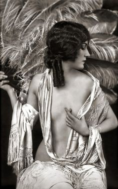 Gloria Swanson  Ziegfeld Model Risque - 1920s - by Alfred Cheney Johnston.