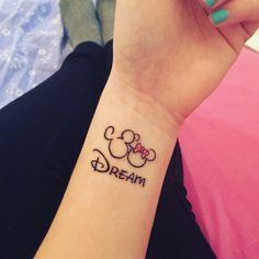 dream dream minnie mickey disney tatoo upliked by 516295544781704825 Simple Disney Tattoos, Mickey And Minnie Tattoos, Mickey Tattoo, Disney Tattoos Couples, Henna Tattoos, Neue Tattoos, Wrist Tattoos, Finger Tattoo Designs, Henna Tattoo Designs