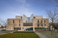 Music and Dance Centre, Soissons, 2015 - Henri Gaudin architecte Architecture, Centre, Bruno, Dance, Mansions, House Styles, Home, Twitter, French Architecture