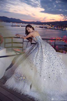 The Cannes Film Festival 2019 - Jessica Jung Jessica Snsd, Jessica & Krystal, Krystal Jung, Fashion Line, Love Fashion, Fashion Outfits, Snsd Fashion, Yoona, Kpop Girl Groups
