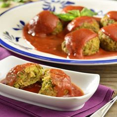 If you really like meatballs, just do not want to eat meat, we present an excellent alternative, are the rich vegetarian pumpkin meatballs. It is a very tasty and easy to prepare dish. Raw Food Recipes, Mexican Food Recipes, Diet Recipes, Vegetarian Recipes, Cooking Recipes, Healthy Recipes, Vegan Food, Healthy Cooking, Healthy Snacks