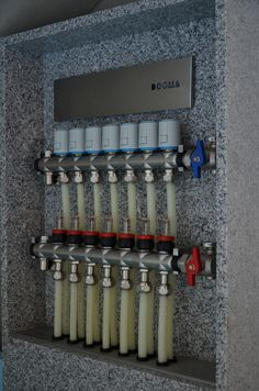 104 Source by carolinahusky Bathtub Plumbing, Pex Plumbing, Heating And Plumbing, Home Heating Systems, Underfloor Heating Systems, Hydronic Heating, Timber Architecture, Radiant Floor, Concrete Houses