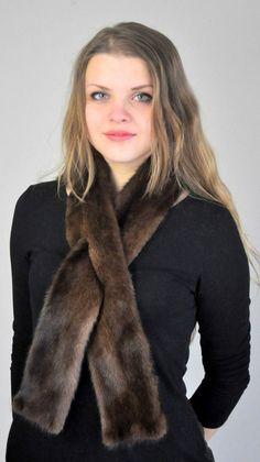 Sciarpa in pelliccia in autentico visone Scandinavo.  www.amifur.it