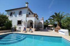 Malaga Estates - Alhaurin El Grande classic style villa for sale