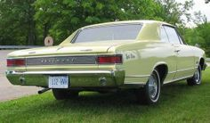 1966 Pontiac Beaumont (Canadian Chevy)
