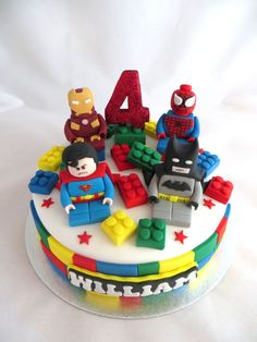 coooooool!!!!! this is cool love the lego, the 4 and the figerines