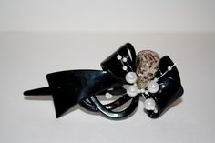 Shop for skull on Etsy, the place to express your creativity through the buying and selling of handmade and vintage goods. Courtney Love, Fascinators, Cufflinks, Skull, Stud Earrings, Plastic, Bows, Pearls, My Style