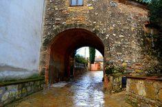 Portal de Cal Marqués, Mediona, Alt Penedès.