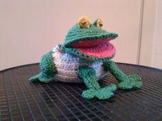 rana simpática creada por mi. $10  #rana #crochet #frog #amigurumi