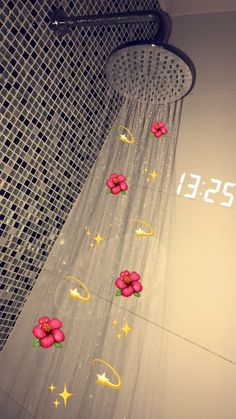 A relaxing shower🌺✨💫 Iphone Wallpaper Images, Cute Emoji Wallpaper, Homescreen Wallpaper, Cute Disney Wallpaper, Tumblr Wallpaper, Cellphone Wallpaper, Funny Wallpapers, Cool Wallpaper, Bath Pictures