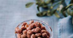 Kauniit sokerihuurteiset maapähkinät on oivallinen joulumuistaminen: pähkinöitä paahtuu kerralla iso satsi. Iso, No Bake Desserts, Raspberry, Healthy, Raspberries