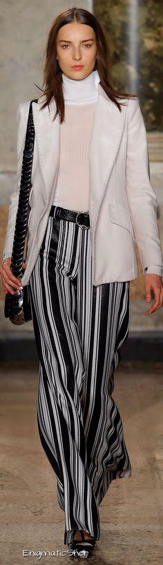 Emilio Pucci Fall 2015 Ready-to-Wear Collection Emilio Pucci, Hijab Fashion, Fashion Outfits, Fashion Trends, Women's Fashion, Design Pop, Power Dressing, Black White Fashion, Glamour