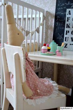 lastenhuone,pupu,maileg,litutaulu