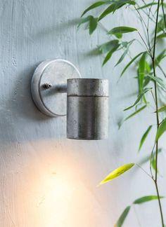 """Wandlamp """"St Ives Down Light"""" buitenverlichting in gegalvaniseerd staal. ✓tuinverlichting ✓buitenverlichting ✓hanglampen"""
