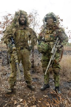 Special Forces News — Snipers from Australian Army and Japan Ground Self. Australian Special Forces, Sas Special Forces, Military Special Forces, Special Ops, Military Gear, Military Weapons, Military History, Airsoft, Tactical Equipment