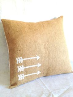 Arrow printed throw pillow, easy for a DIY version too #GoNoles #NoleNation