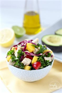 Mango Chicken Salad Stuffed Avocado is a mayo-free recipe that's simple to make, tasty, allergy-friendly, appealing to the eye, and perfect for picnics | http://simplynourishedrecipes.com/mango-chicken-salad-stuffed-avocado/