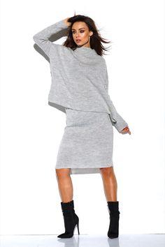 Compleu tricotat cu fusta gri compus din bluza supradimensionata la baza gatului cu maneci lungi si fusta dreapta cu lungime medie Elegant Dresses, Sexy Dresses, Sweater Skirt, Office Wear, Winter Wear, One Size Fits All, Winter Outfits, Skirts, Clean Iron