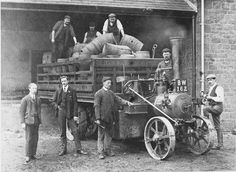 new traction engine (Изображение JPEG, 1369 × 1000 пикселов) Beer Pics, Beer Pictures, Old Pictures, Beer History, Old Trucks, Engine, London, Vehicles, Image