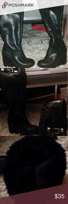3222de68eb8d Shop Women s Michael Kors size 9 Shoes at a discounted price at Poshmark.  Description  Very cute boots with fur inside and wedge heel!