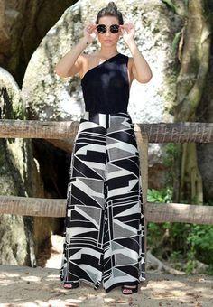 Como usar Calça Pantalona: ⇒ 66 Looks para Arrasar! Curvy Fashion, Look Fashion, Womens Fashion, Casual Dresses, Fashion Dresses, Look Chic, African Dress, Chic Outfits, African Fashion