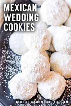 These teacakes go by many names, but the delicious taste remains the same: a sugar-covered almond cookie with a melt-in-your-mouth texture. Mexican Wedding Cake Cookies, Italian Wedding Cookies, Mexican Cookies, Buttery Cookies, Almond Cookies, Owl Cookies, Ginger Cookies, Shortbread Cookies, Chocolate Cookies