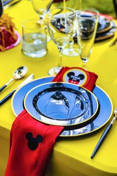 Check out this awesome Mickey Mouse birthday party! The table settings are fab! See more party ideas and share yours at CatchMyParty.com #catchmyparty #partyideas #mickeymouse #boybirthdayparty #mickeymouseparty