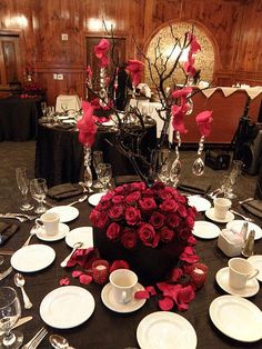 centerpiece - like the branches and diamonds/sparkles hanging from it.