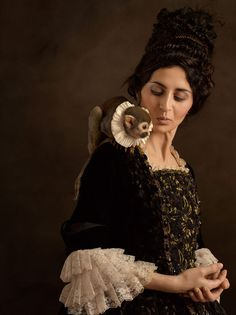 Modern Dutch Portrait Photography Inspired by Flemish Paintings   http://www.animhut.com/photography/flemish-paintings-into-modern-portraits/