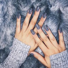 For lots of you it's the first day back to work so keep your manicure simple, we suggest for a great classic grey go for our shade in Isla #manicure #nailcolours #firstdaybackatwork #kidsbacktoschool #endoftheholidays