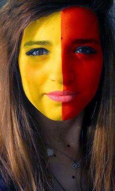 Soccer fan face painting. Spain. #worldcup, #mundial, #soccer.