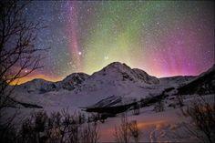 Lyngen Alps Norway | ... is here in Norway; Lyngen in Troms, photo by Øyvind Nordahl-Næss