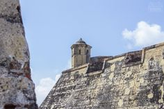 What to do in Cartagena 👉 Castillo de San Felipe, Getsemaní & Squares (Old Town Tour) Music Quotes, Ecuador, Tour, Mount Rushmore, Mountains, Building, Nature, Travel, South America