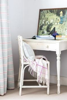 Clapham - desk and chair