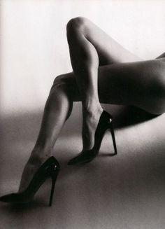 #legs #heels #b&w