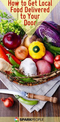 With winter fastly approaching, wouldn't it be nice to get farm-fresh food delivered right to your door? Try a community supported agriculture programs (CSAs) in your town! Then you can have in-season produce and the healthiest foods year-long. Healthy Food List, Healthy Recipes, Eating Healthy, Nutrition Articles, Food Nutrition, Community Supported Agriculture, In Season Produce, Seasonal Food, Grow Your Own Food