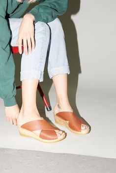 Frida Clog on Mid Wedge in Maple
