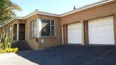 PERFECT FAMILY HOME WITH SPACIOUS FLAT IN KLEINBRON ESTATE! | Brackenfell | Gumtree South Africa | 135944333