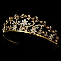 Regal Gold Plated Ivory Pearl Tiara