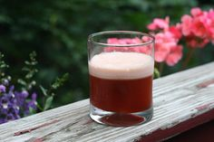 Flamingo Fizz .75 oz Angostura aromatic bitters .75 oz Cointreau .75 oz fresh lemon juice .75 oz honey syrup 1 rose water-infused egg white 1.5 oz grapefruit soda Garnish: sprinkle pink sea salt