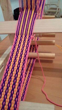 Cinturon, en telar de cinta